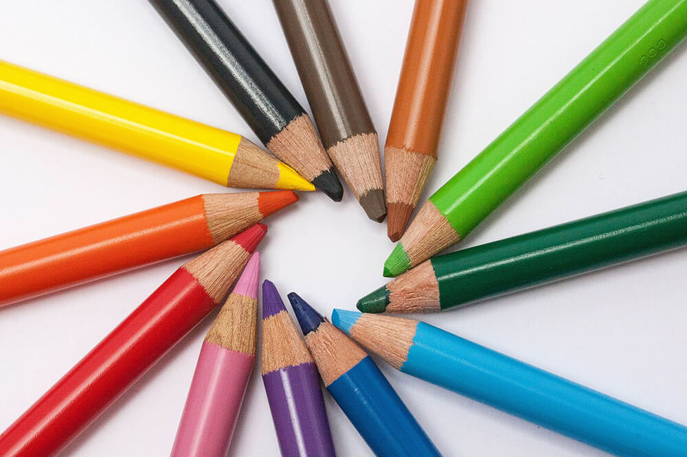 Chọn màu sắc thích hợp là một trong những quy tắc thiết kế banner quảng cáo online quang trọng nhất